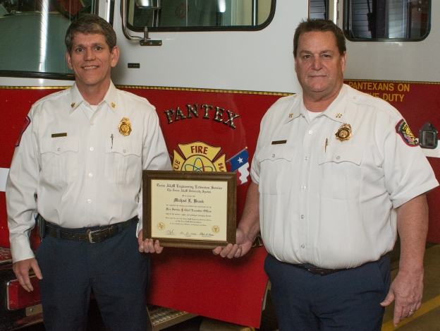 Pantex Fire Chief Mike Brock (left) and Battalion Chief Scott Johnson