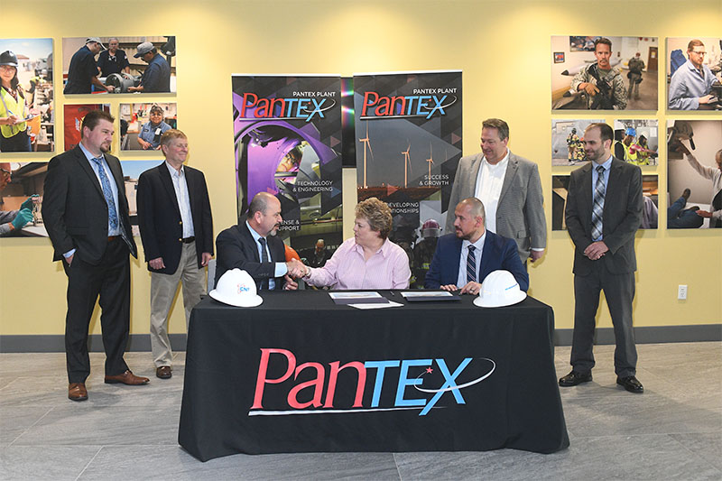 Signing the first CNS Mentor-Protégé agreement at Pantex